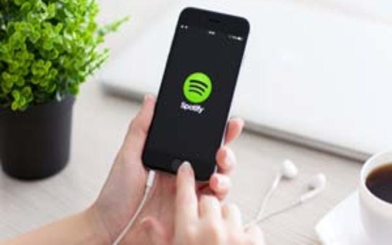 Aplikasi Streaming Musik Online